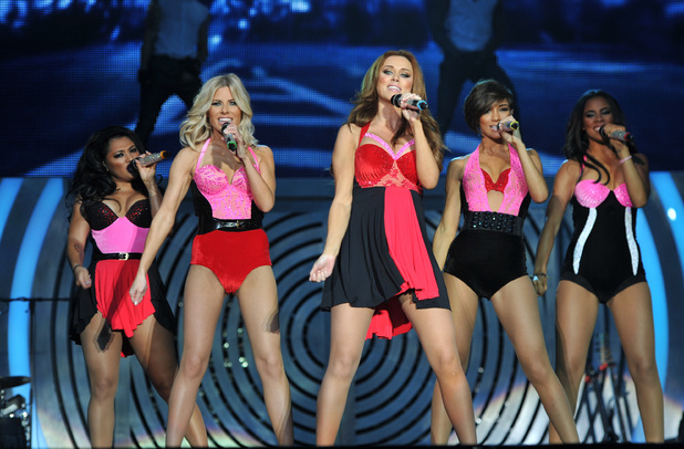 The Saturdays- Intro Notorious All Fired Up Tour Live